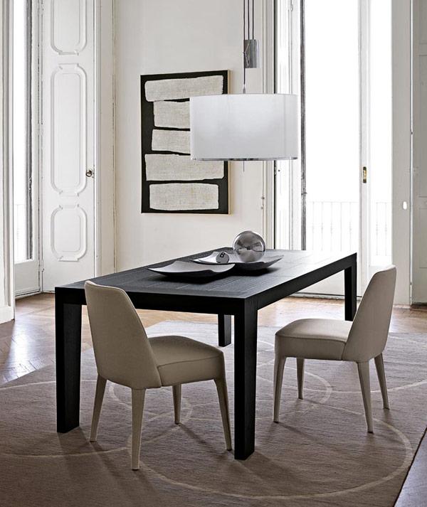Omero, tavolo moderno in legno di Maxalto