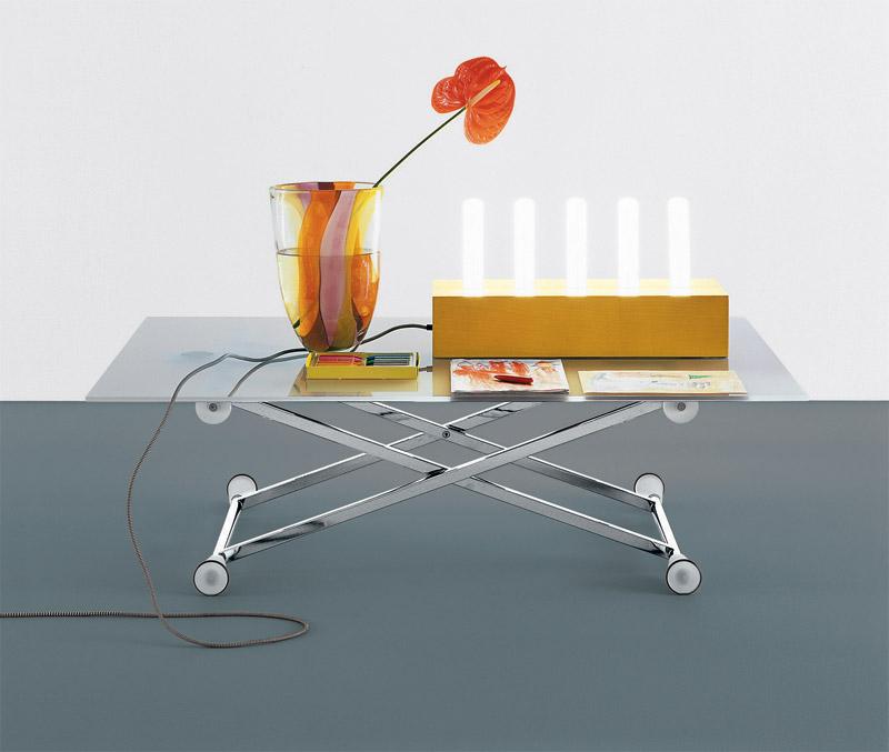 Tavolini bassi moderni con ripiano in cristallo, Lifter di Desalto