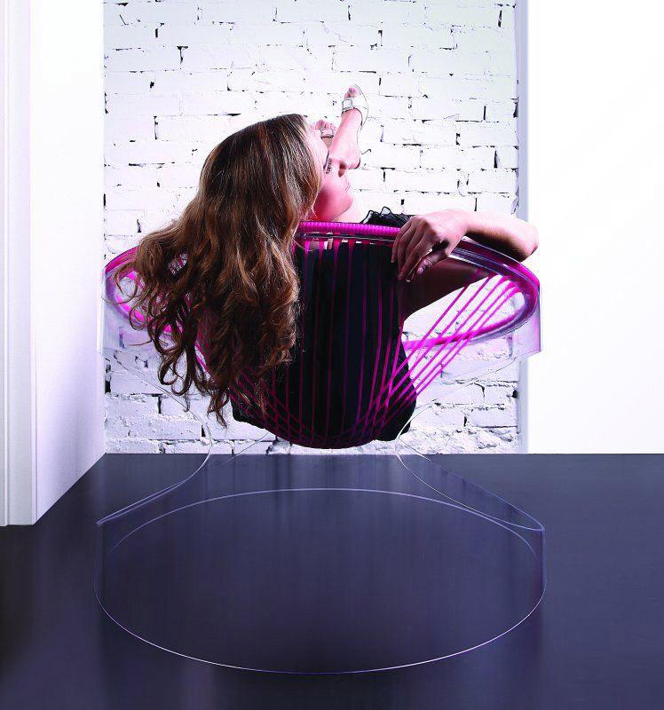 Bounce, poltrona in silicone di Fenny Ganatra