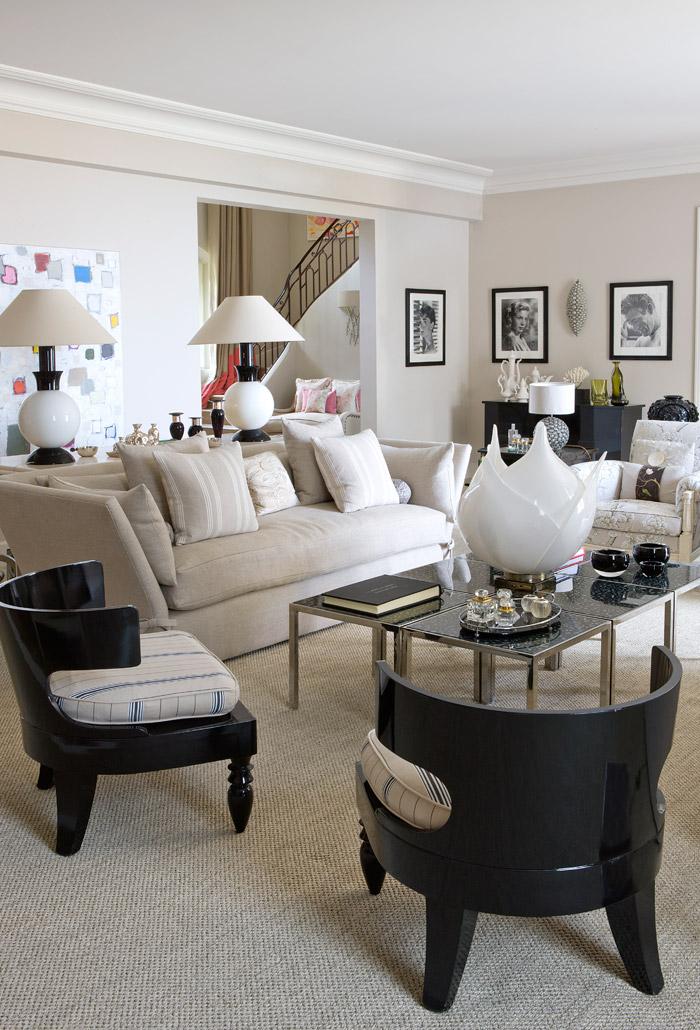Villa in Francia con arredamento british e shabby chic, designer Kelly Hoppen