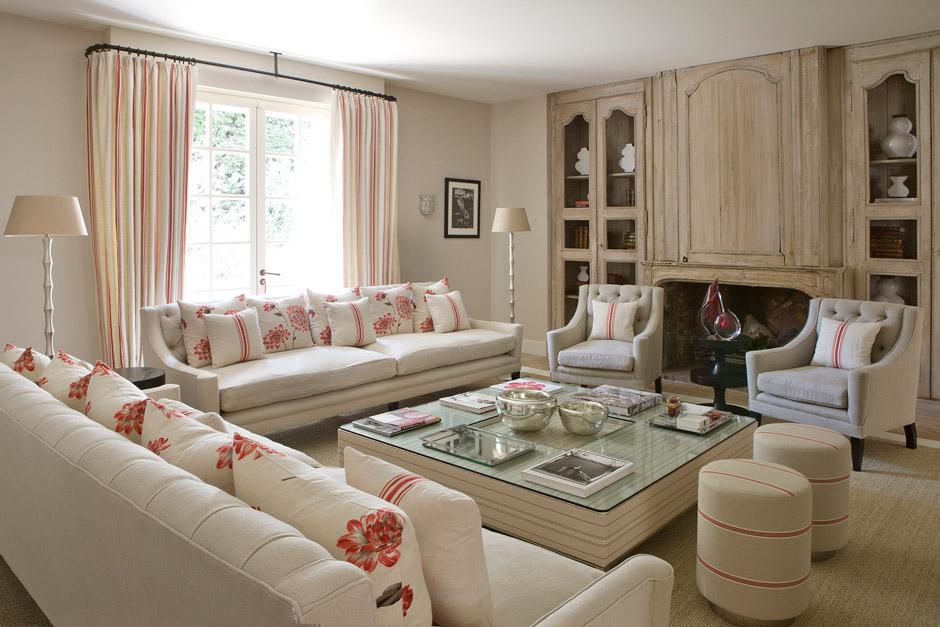 Una villa in francia arredata in perfetto stile british for Case arredate stile shabby