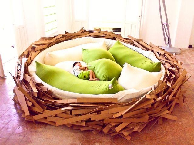 Giant Birdnest, letto gigante