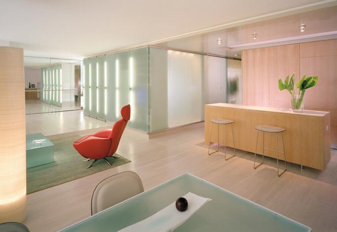 Tre esempi di luci a led nel design di interni arredica - Design di interni ...