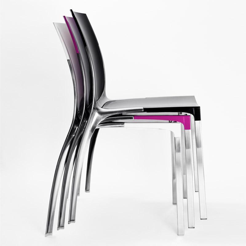 Liana, sedia impilabile in policarbonato di Mara S.r.l.